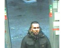 Hvis du kan genkende denne mand hører Østjyllands politi gerne fra dig på telefon 114. Foto: Østjyllands Politi.