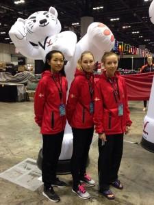 Risskov Taekwondo Klubs tre udsendinge i Orlando i Florida - Charlotte Paik Bjelke, Sarah Malykke og Louise Christensen. Foto: Risskov Taekwondo Klub.