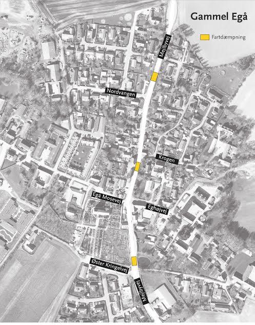 De tre vejbump bliver etableret hvor de tre gule firkanter er på dette kort. Illustration: Aarhus Kommune.