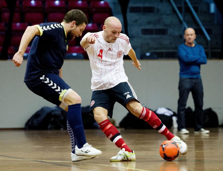 To spillere fra Lystrup på futsal-landsholdet